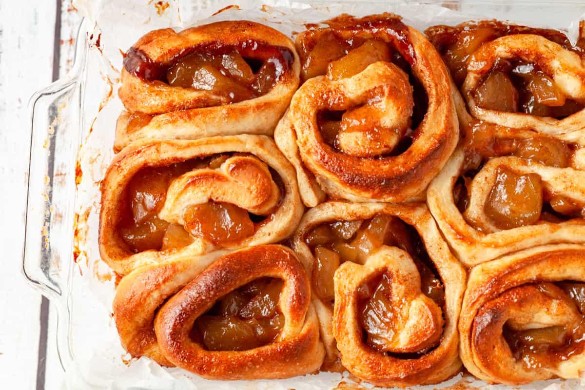 apple pie sweet rolls
