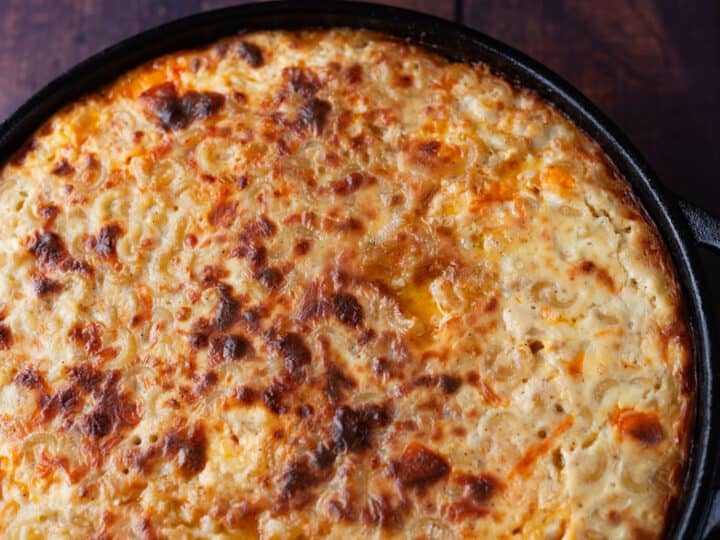 baked macaroni and cheese in cast iron