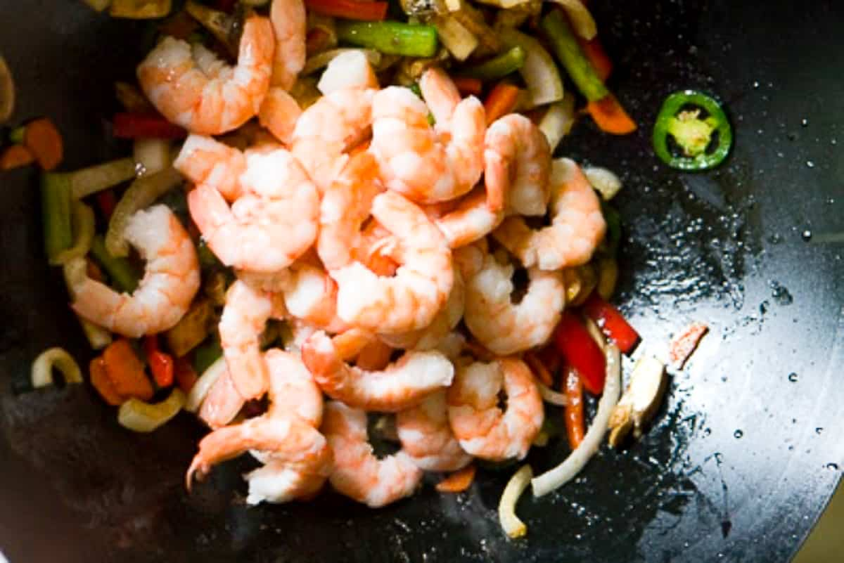 shrimp and veggies in a wok