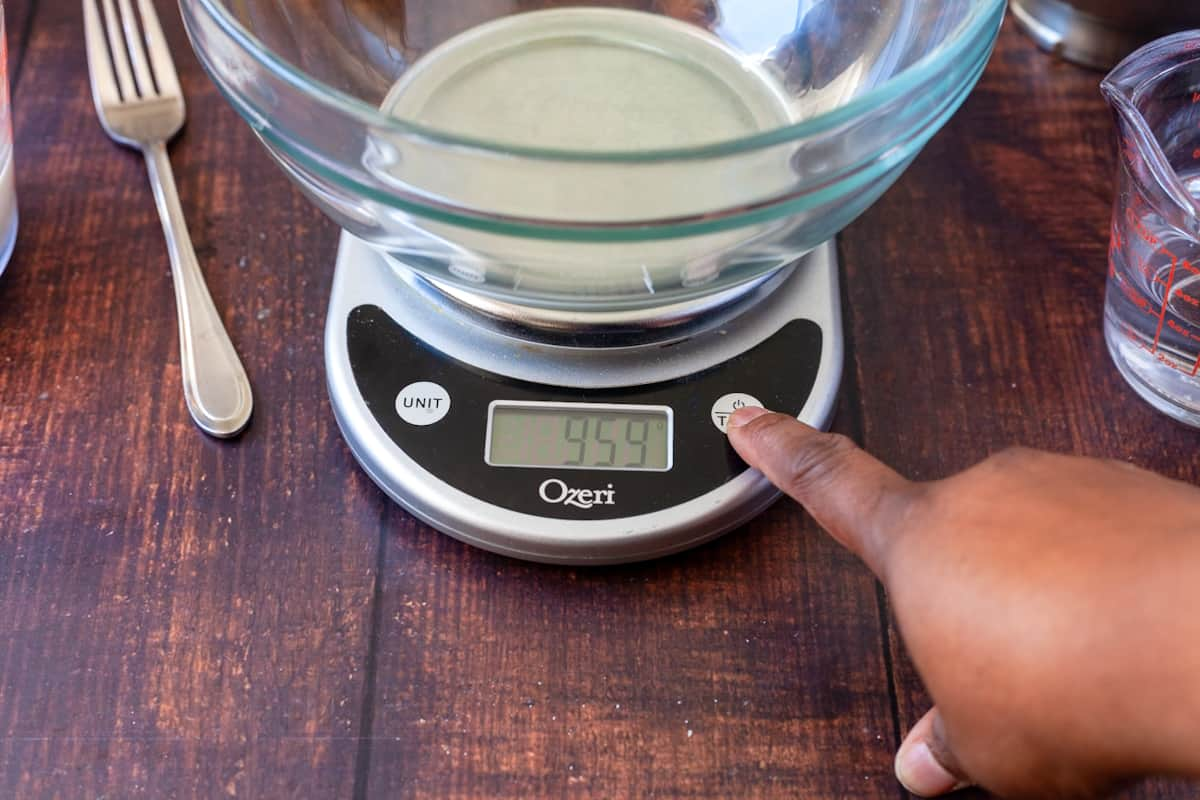 canceling the bowl weight with tare