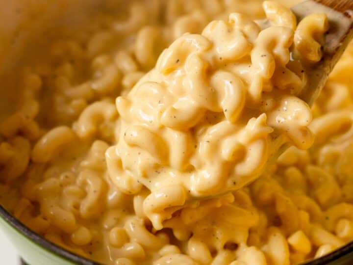 pot of macaroni and cheese
