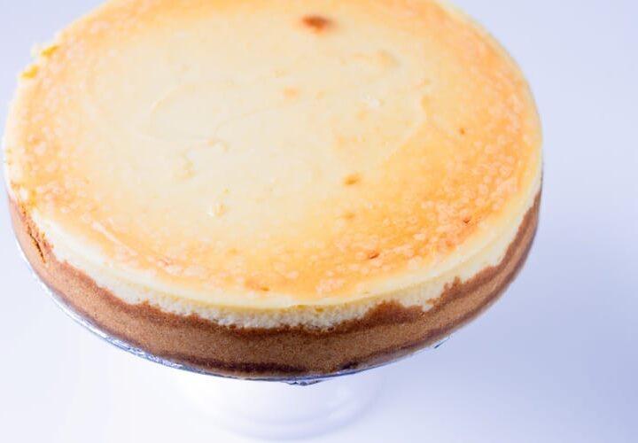 crack-proof cheesecake