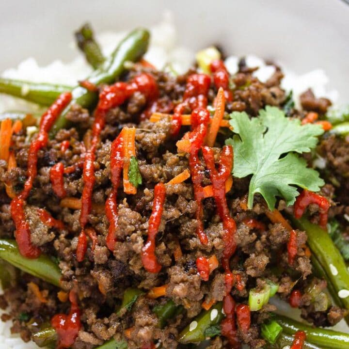asian beef bowl with sriracha