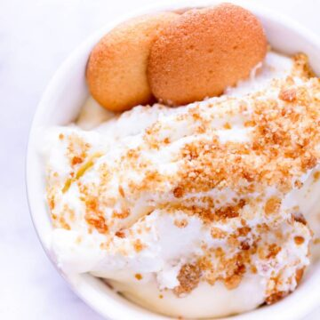 a cup of banana pudding