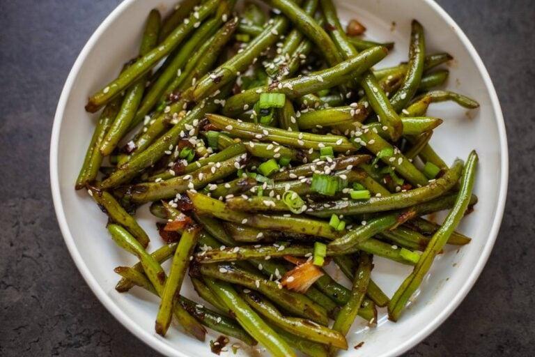 Stir-Fried Steamed Garlic Green Beans