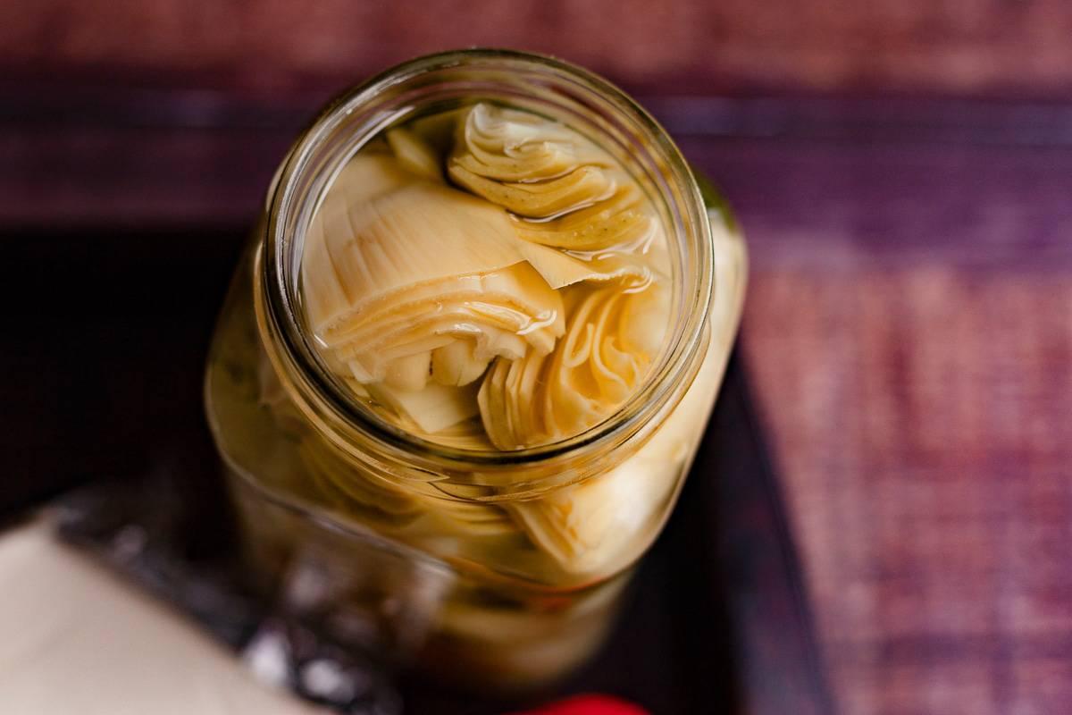 artichokes in a jar
