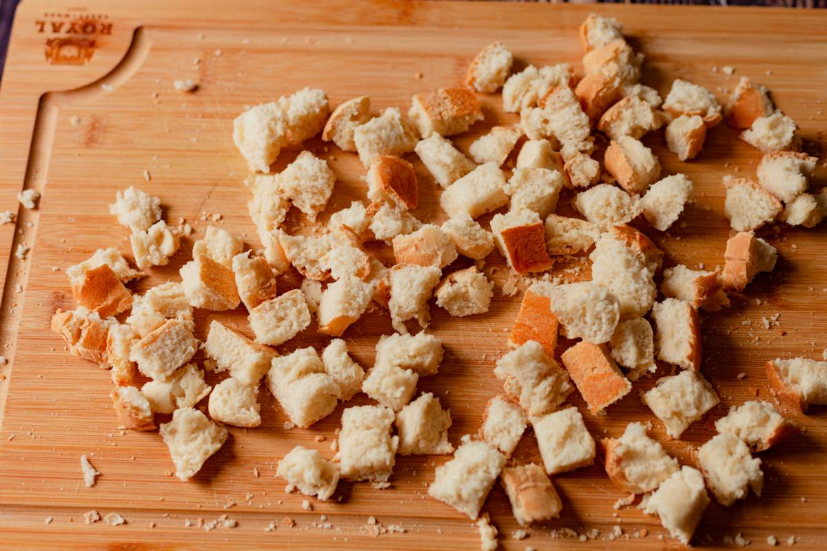 french bread cubes for garlic croutons