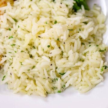 Plated seasoned white rice