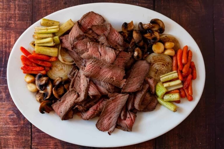 Top Round Roast with Roasted Vegetables & Brown Gravy