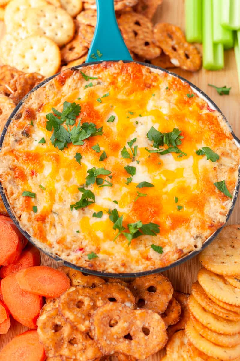 cheesy maryland crab dip with dippers