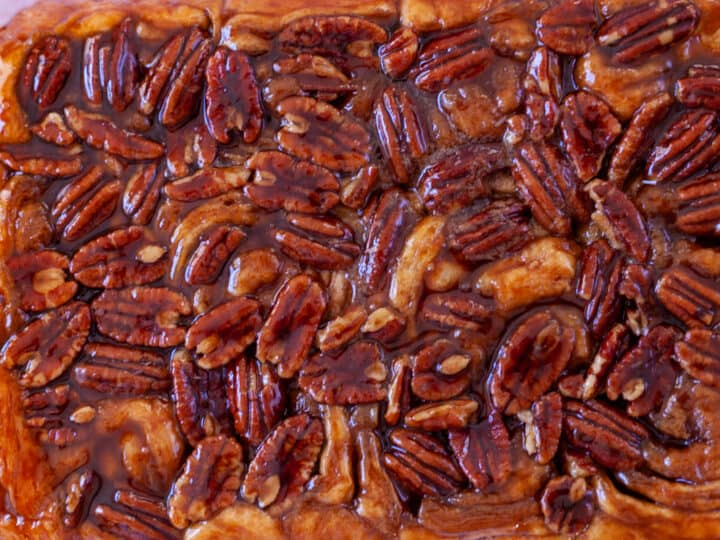a whole sheet of pecan pumpkin butter sticky buns
