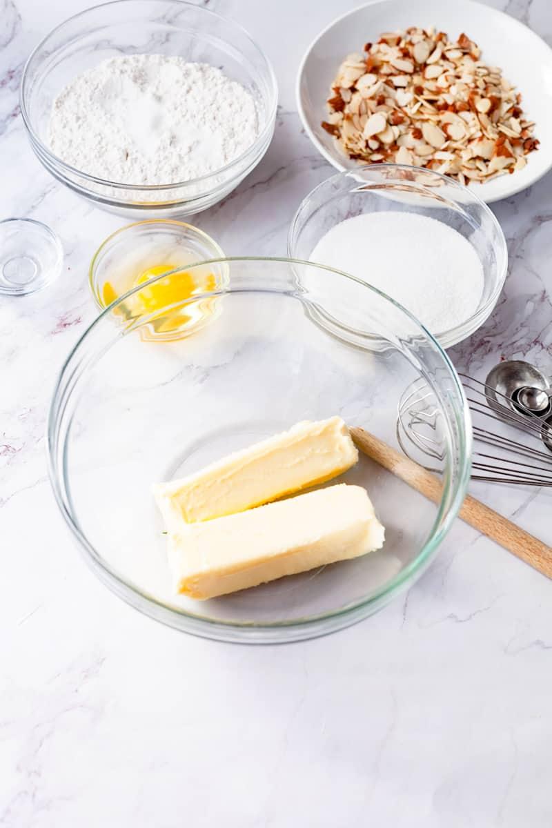 almond sugar cookie ingredients